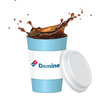 Maquette d'éclaboussure de tasse à café PSD